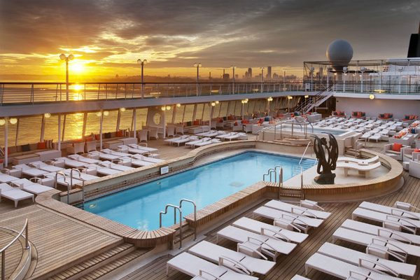 Crystal Cruises - Pool