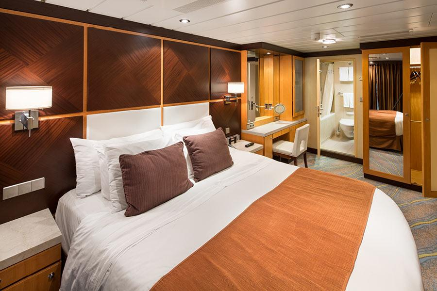 Allure of the Seas - Family Suite