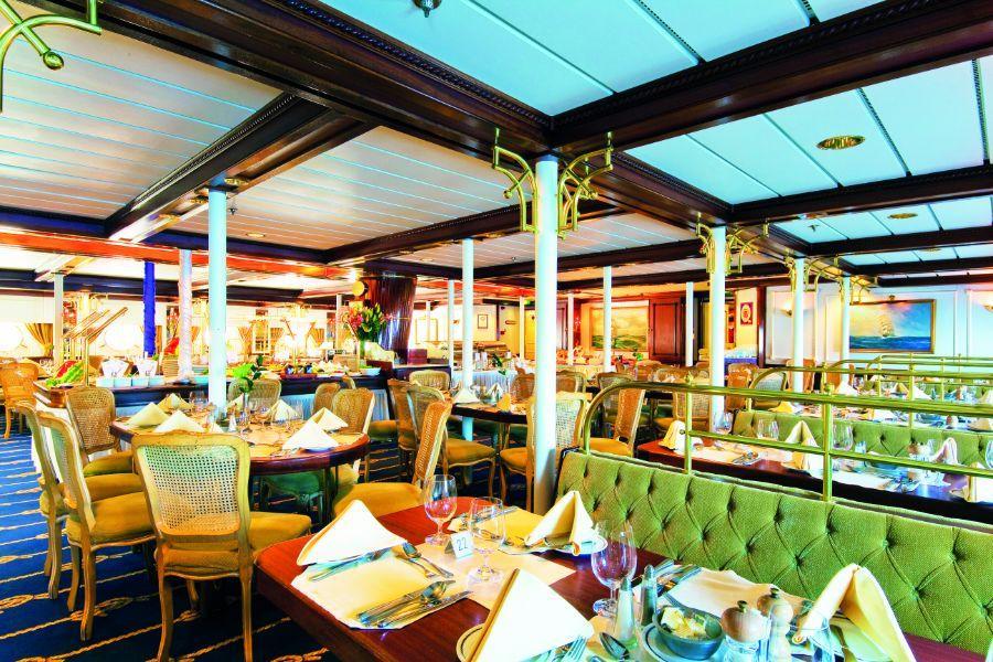 Star Clipper - Dining Room