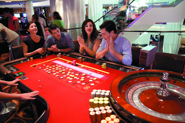 Casino on-board Norwegian Bliss - A lively entertainment venue